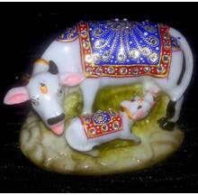 """Cow with Calf decorated with Imitation Diamonds 5\"""" (Polyresin)"""
